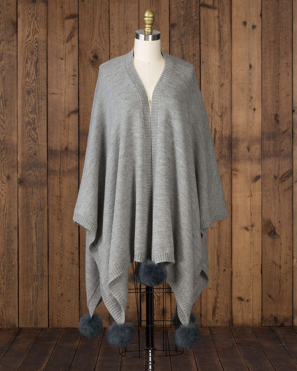 alicia adams alpaca alpina cape, alpaca cape with fur trim, alpaca poncho, alpaca poncho womens, alpaca vs cashmere, light grey baby alpaca cape