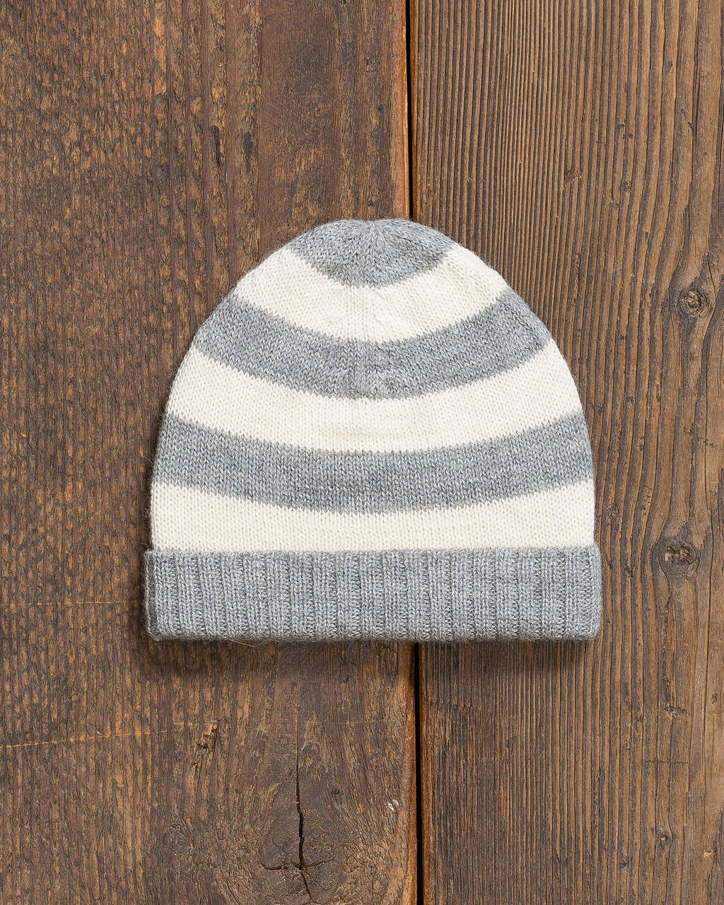 alicia adams alpaca charlie hat, alpaca hats for kids, alpaca beanie hat, all fair-trade made, alpaca vs cashmere, light grey and ivory hat