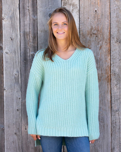 Alicia Adams Alpaca Oversized Sweater, alpaca boyfriend sweater, oversized womens sweater, oversized sweater, loose fit womens alpaca sweater, wool boyfriend sweater, cashmere boyfriend sweater, mint green alpaca sweater