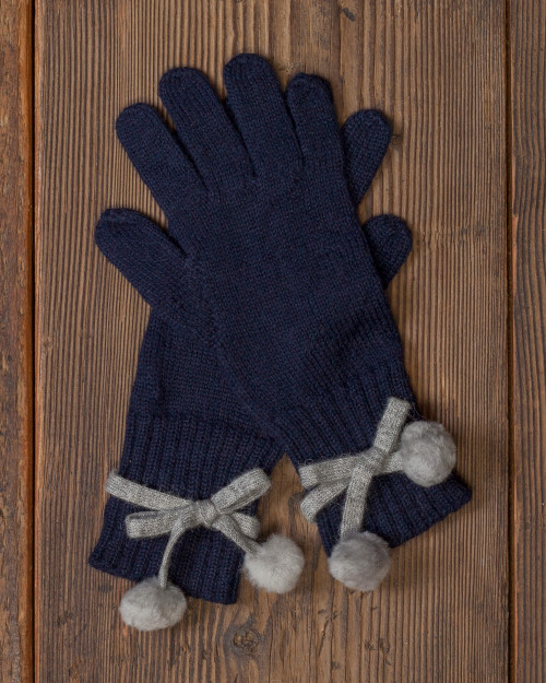 alicia adams alpaca alpina gloves, alpaca fur gloves, alpaca gloves, womens alpaca gloves, alpaca vs cashmere, navy blue alpaca gloves