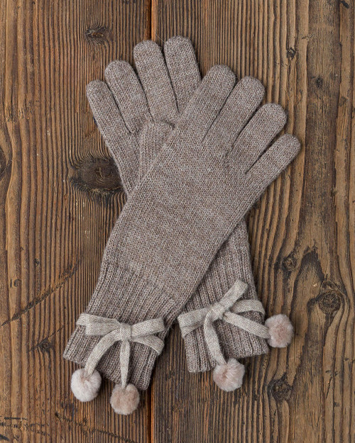 alicia adams alpaca alpina gloves, alpaca fur gloves, alpaca gloves, womens alpaca gloves, alpaca vs cashmere, taupe alpaca gloves