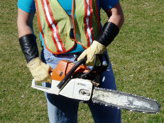 arm-chaps-protection-chainsaw.jpg
