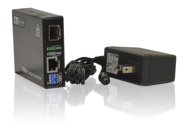 FMC-1001S Gigabit Ethernet 100/1000BaseX SFP slot fiber media converter, LFP and DIP sw settings, with AC adapter included