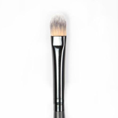 Precision Crease Brush