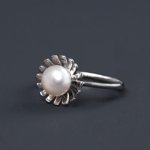 Bogavia Burst Pearl Ring - Freshwater Pearl