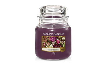 Yankee Candle Yankee Candle Medium Jar Candle - Moonlit Blossoms