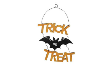 Halloween Wooden Hanging Trick or Treat Sign
