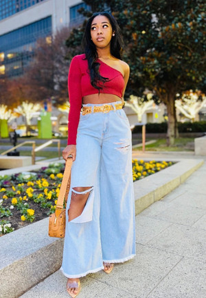 High Waist Distressed Jeans with Pockets in a Light Wash