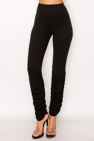 Banded High Waisted Leggings with Ruched Design in Black  (Polyester 95% Spandex 5%)