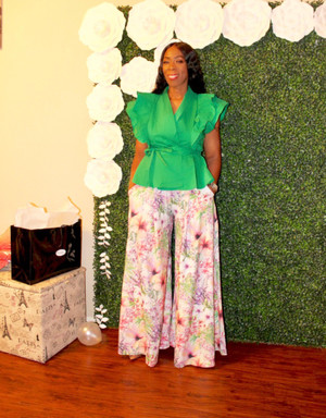 Floral Print Wide Leg Trousers with Zip Side Closure, Banded Waist and Side Pockets