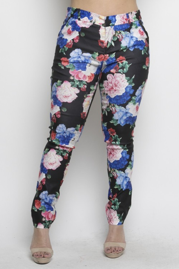 Blacq and Floral Print Straight Fit Trousers with 4 Pockets, Beltloops and Front Zip/Button Closure.