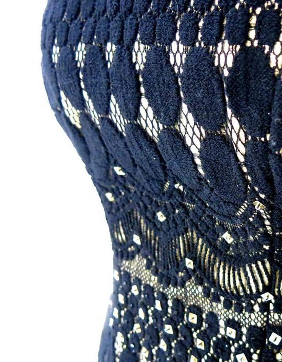 Corsetto Overbust haute couture in seta pura oro laminato doppiato in pizzo di lana