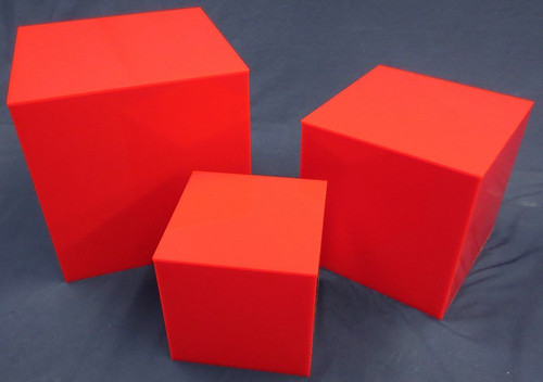 3 PIECE SQUARE ACRYLIC CUBE SET - RED