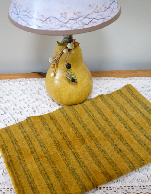 Mustard Seed on Selvedge - Fat 1/8th Yard