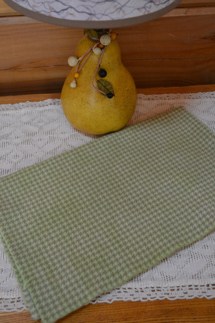 Sprout on Camel Houndstooth
