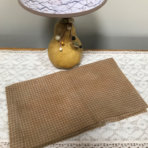 Cappuccino on Camel Houndstooth