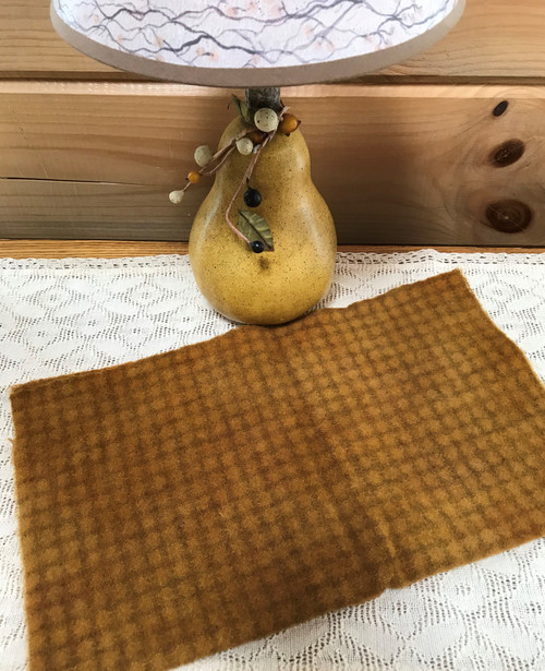 Toffee on Small Beige Windowpane