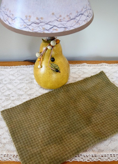 Antique Green on Camel Houndstooth