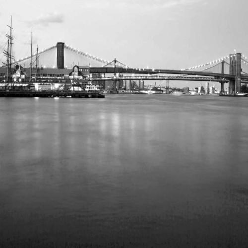 Telik Tracey Brooklyn bw fotografia cm87X87 Immagine su CARTA TELA PANNELLO CORNICE Quadrata