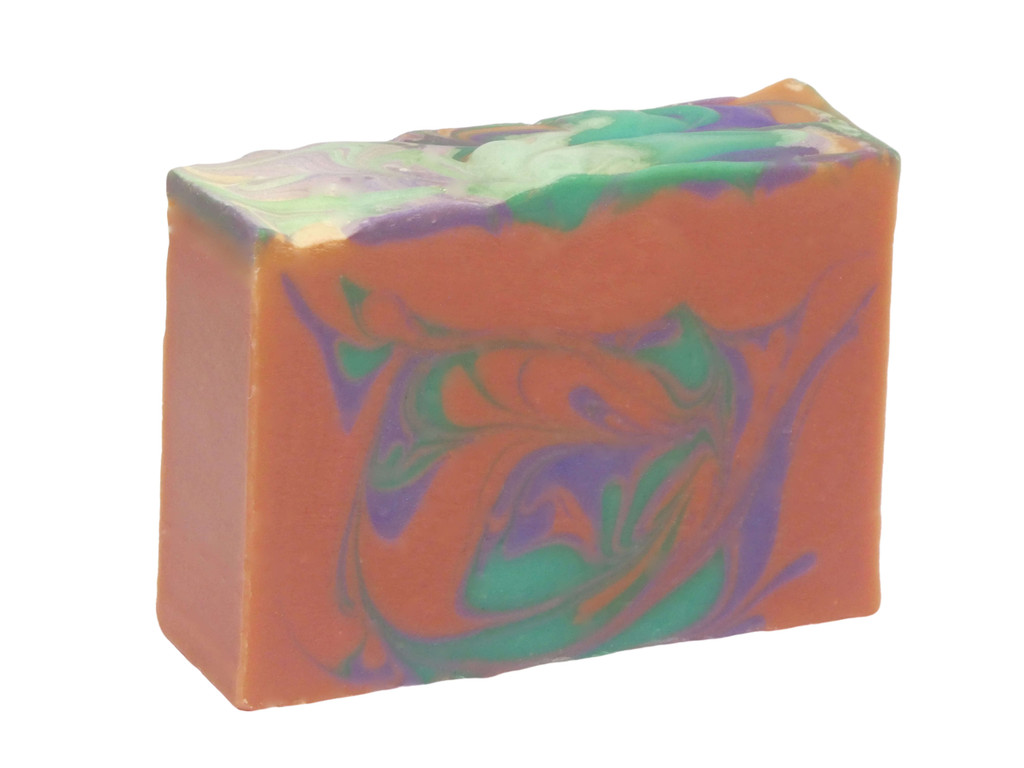Cranberry & Pomegranate Soap, fresh and summery and deliciously fruity. Bursting with cranberries, grapefruit, limes and oranges, raspberries and a base of musk and vanilla.