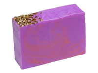 Heather Soap sweet with woody notes and fernery.