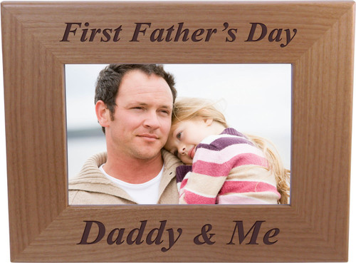 First Father's Day Daddy & Me - 4x6 Inch Wood Picture Frame - Great Gift for Father's Day Birthday or Christmas Gift for Dad Grandpa Papa Husband