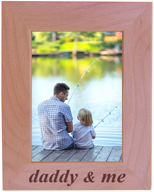 CustomGiftsNow Daddy & Me - Wood Picture Frame - Fits 5x7 Inch Picture for father's or Christmas for dad, father, grandpa (Vertical)
