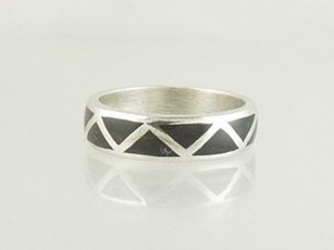 Silver Black Jet Inlay Band Ring Size 12