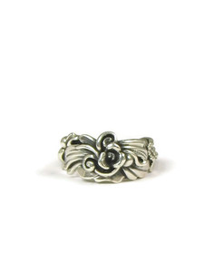 Silver Floral Ring Size 7 1/2 by Les Baker Jewelry