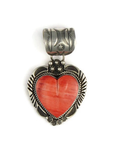 Spiny Oyster Shell Heart Pendant by Rick Werito (PD4231)