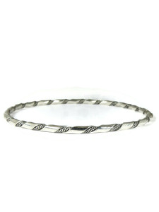 Silver Bangle Bracelet by Elaine Tahe (BR6423)