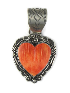 Spiny Oyster Shell Heart Pendant by Rick Werito (PD6022)