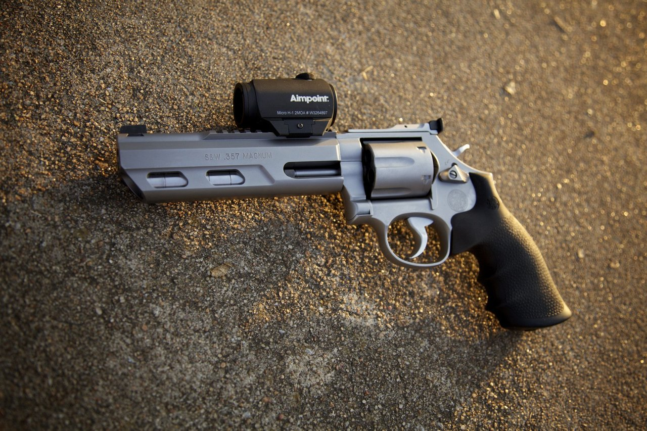 Smith and Wesson 686PC Competitor
