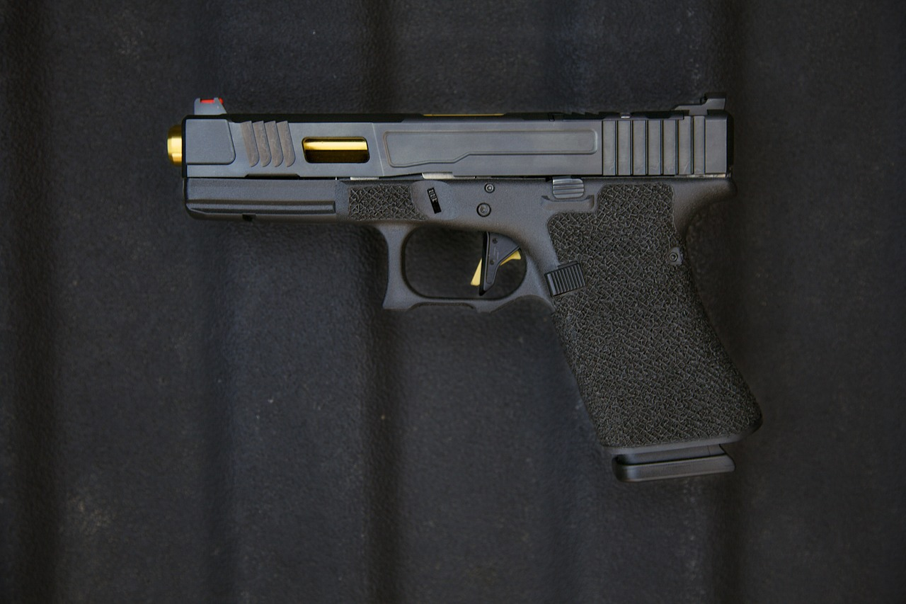 Fowler MK 2 G17 / G19 Grip Chop w/ TiN Barrel