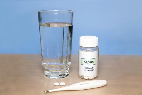 aspirin-dreamstime-xs-40816380.jpg