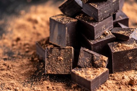 dark-chocolate-dreamstime-xs-133787531.jpg