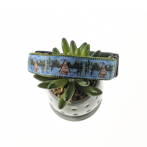 Cabin In The Woods dog collar (Large)
