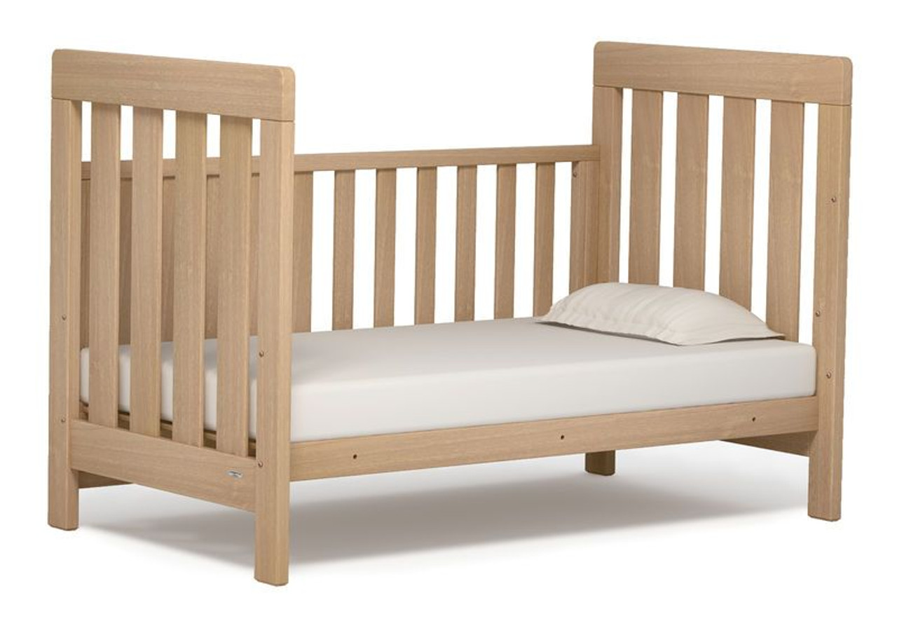 Boori Urbane Daintree Cot bed  - bed position