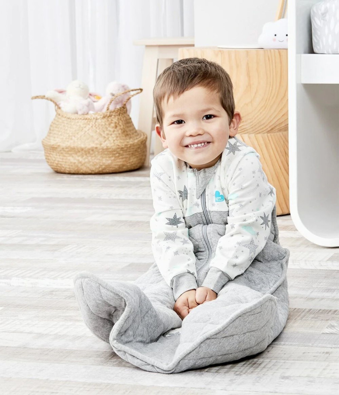 Love to Dream Sleep Bag- White at Baby Barn Discounts A soft wearable blanket – designed to eliminate the need for loose blankets in the cot, ensuring a more comfortable sleep day or night.