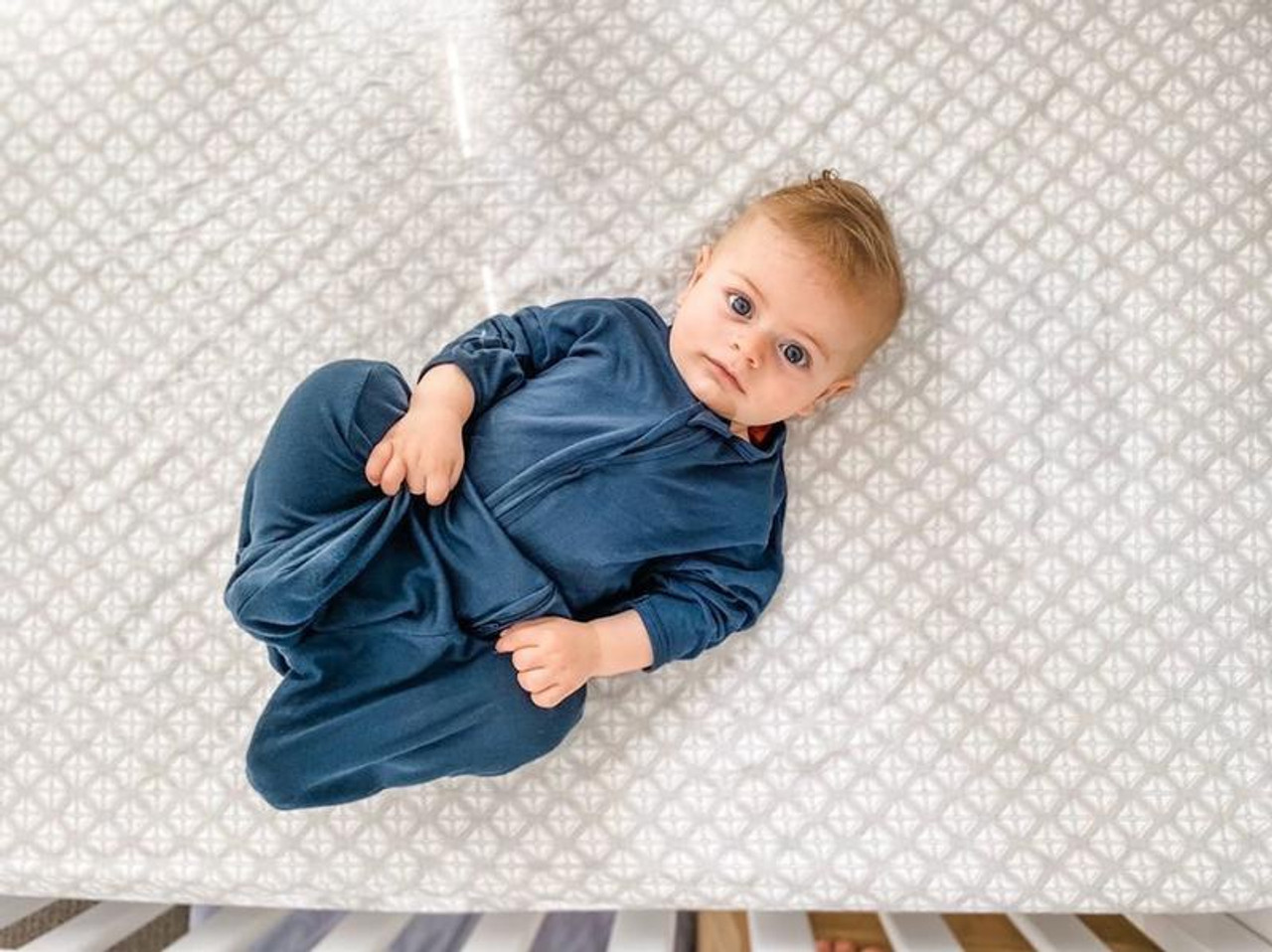 Babystudio Swaddlebag 0.5 TOG Large at Baby Barn Discounts The All In One Swaddle Bag by Babystudio is made from the softest bamboo from viscose for babies delicate skin. With a super light 0.5 TOG, great for summer.