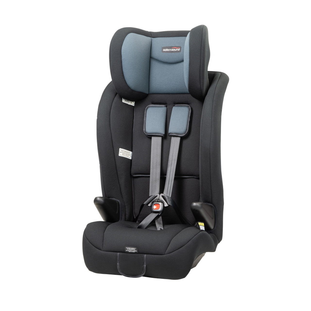 IN-BUILT HARNESS PROTECTION UP TO 8 YEARS* Grows with your child with 4 harness shoulder slot positions.
