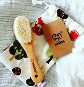 Haakaa Goats Wool Wooden Hair Brush & Comb Set at Baby Barn Discounts Brush and care for your little one's delicate infant hair with the Haakaa Goat Wool Baby Hair Brush