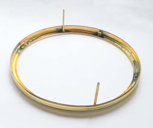 """BRASS BEZEL 5 7/8"""" WITH GLASS-FIXED PRONGS"""