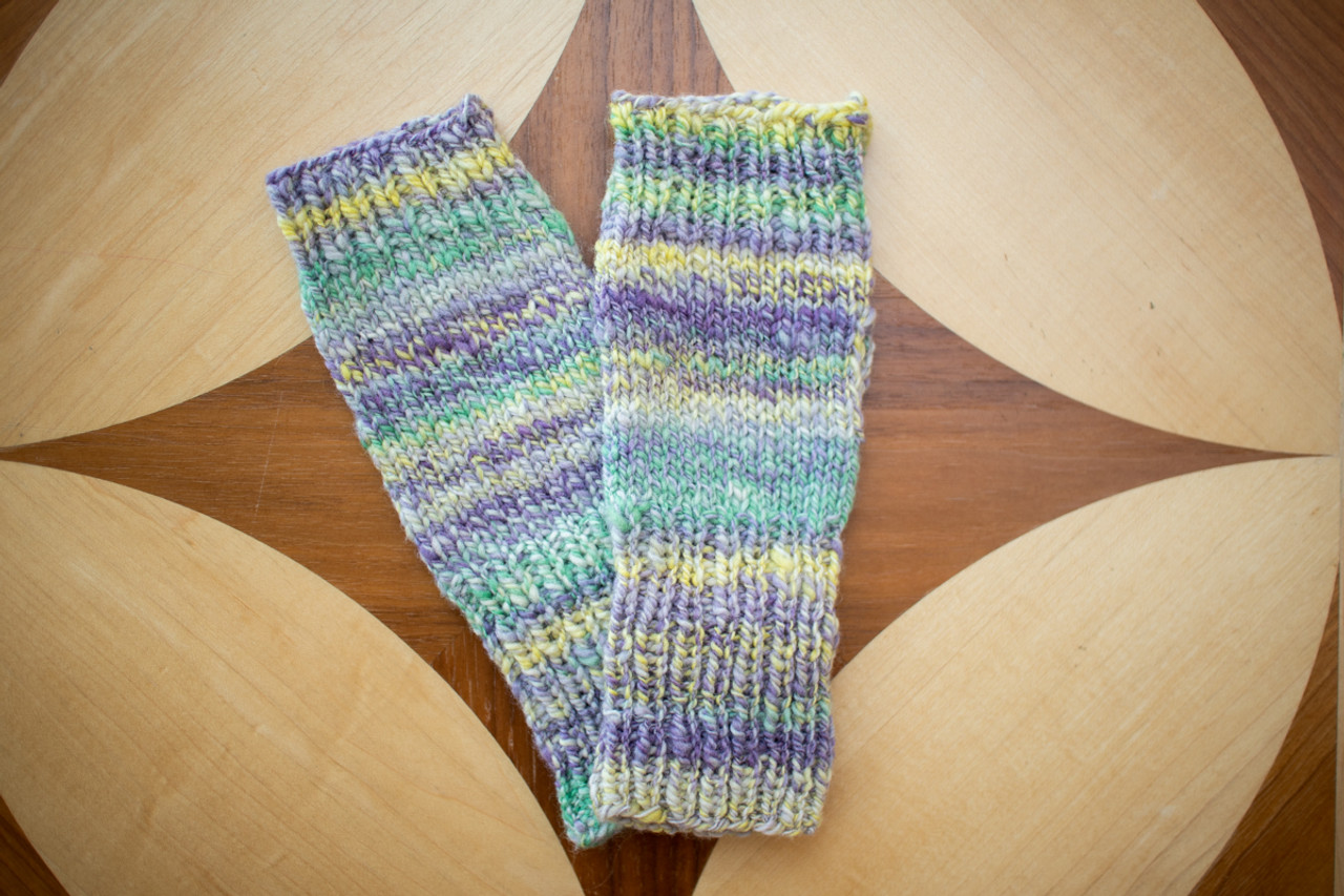 WOOL WRIST WARMER- GREEN/PURPLE