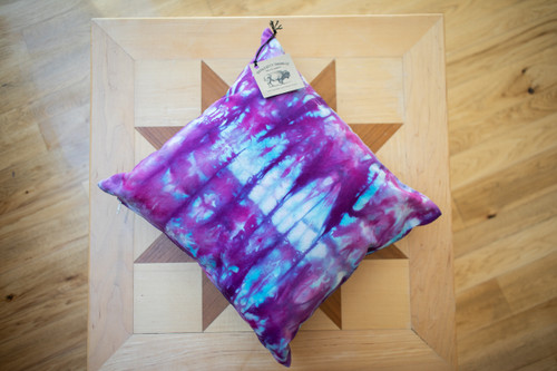 TIE-DYE PILLOW (BLUE/PURPLE)