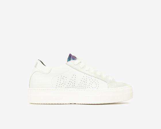 Thea Sneaker