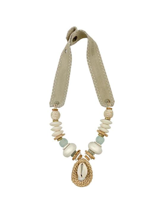 Mid Pendant Necklace Cowrie