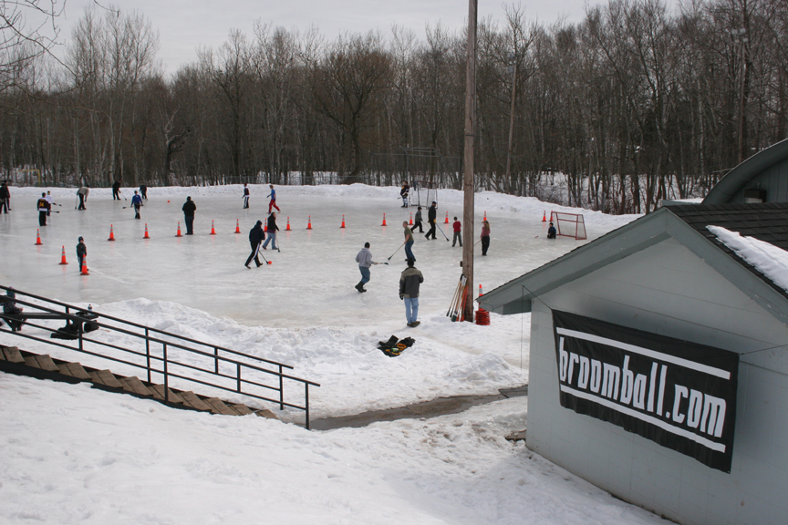 Duluth Outdoor Broomball