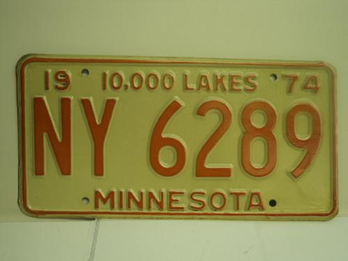 1974 MINNESOTA 10000 Lakes License Plate NY 6289 1