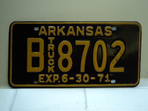 1971 ARKANSAS NOS Truck License Plate B 8702
